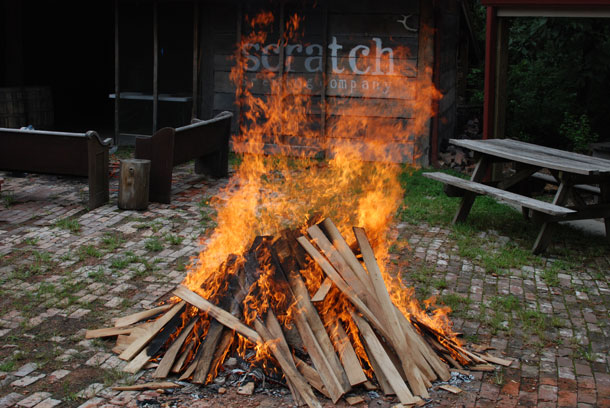 Building a fire to make stone beer (stein bier) at Scratch Brewing